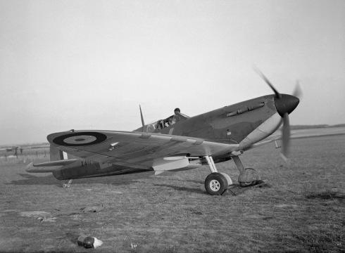 Spitfire Mark IA